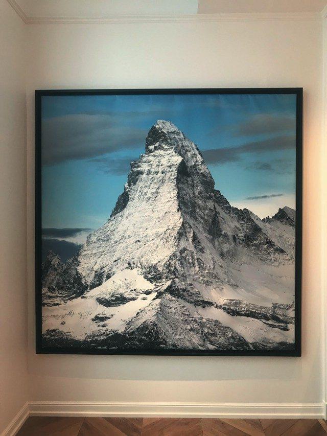 @Polo Ralph Lauren프레젠테이션 현장에서 에디터의 시선을 사로잡은 에베레스트 풍경 사진.