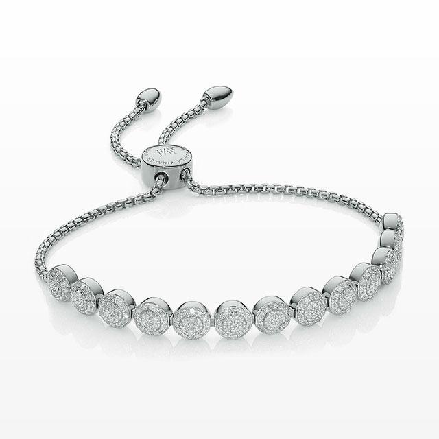 다이아몬드가 파베 세팅된 팔찌는 가격 미정으로 Monica Vinader