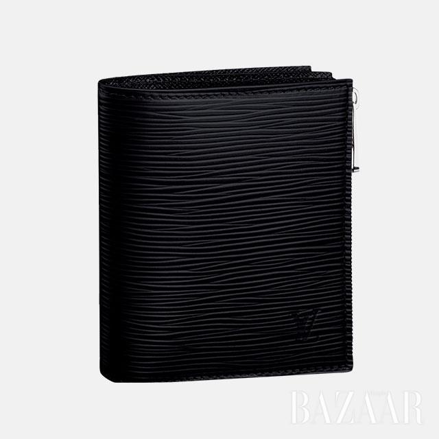 가죽 반지갑은 76만원으로 Louis Vuitton