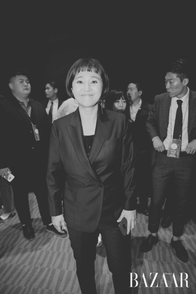 26년 만에 처음으로 초대받은 송은이는 여자 예능상을 수상했다.
