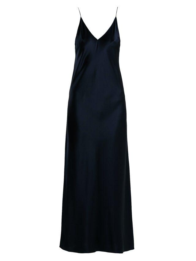 군더더기 없는 실루엣의 롱 슬립 드레스는 Joseph