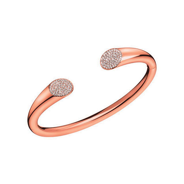 볼드한 디자인의 커프는 Calvin Klein Watches+Jewelry