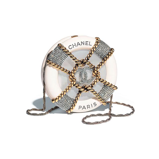하드 케이스 백은 Chanel