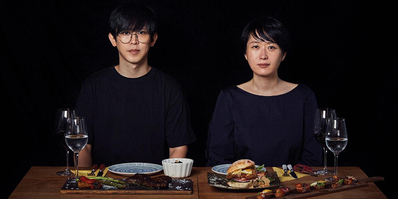 햄버거가 최고의 음식이라고 생각하는, 천생 어린이 입맛의 소유자인 밴드 못의 아이언을 위해 천운영 작가는 어린 시절 생일상과도 같은 만찬을 준비했다.
