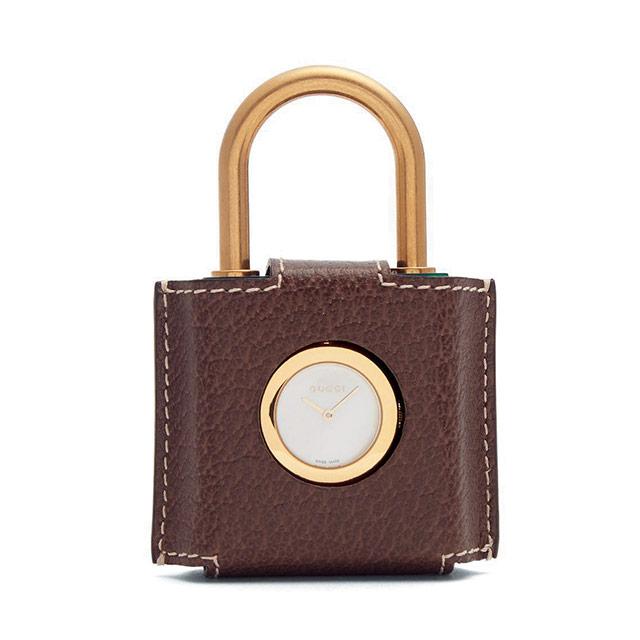 자물쇠 모양 시계는 100만원대로 Gucci