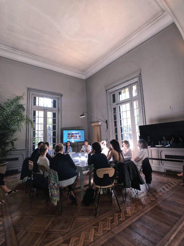아트 바젤의 첫 번째 프로젝트로 부에노스 아이레스에서 열린 토크 프로그램.