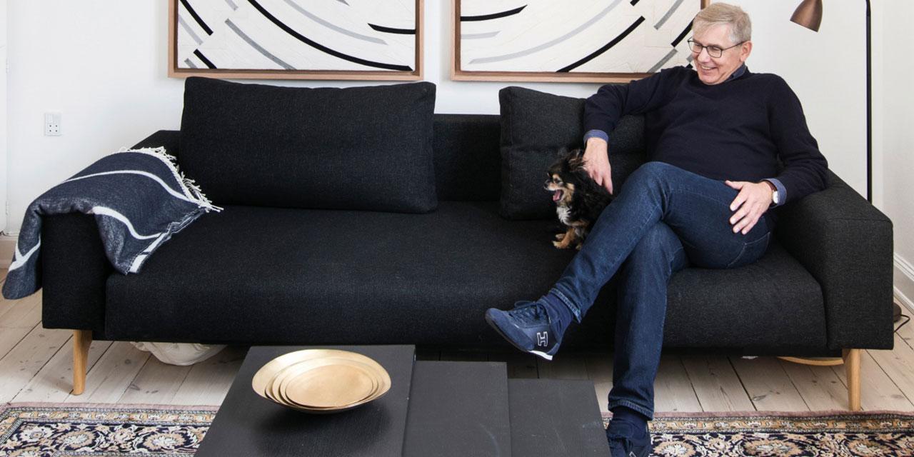 코펜하겐에 사는 스틴 바크만의 삶은 '컬렉팅'의 개념을 재고하게 한다. 스스로 컬렉터가 아니라 말하는 그의 태도는 미술을 비롯한 예술의 본질을 교묘히 관통한다. 그리하여 '어느 평범한 컬렉터 아닌 컬렉터의 고백'.