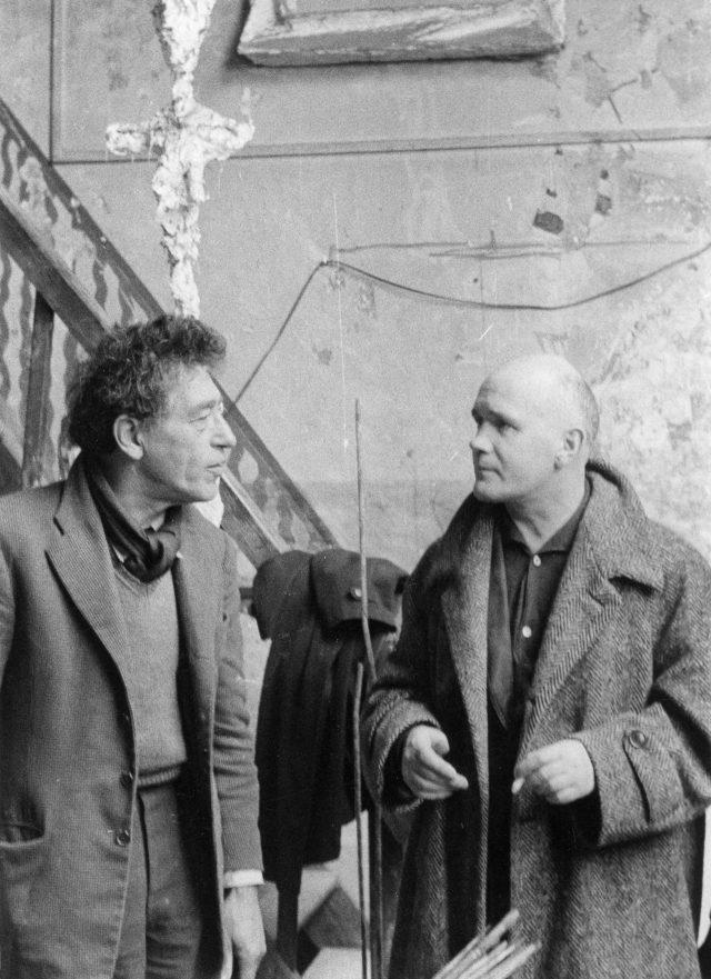 아틀리에에서 자코메티(왼쪽)와 장 주네, 1957.