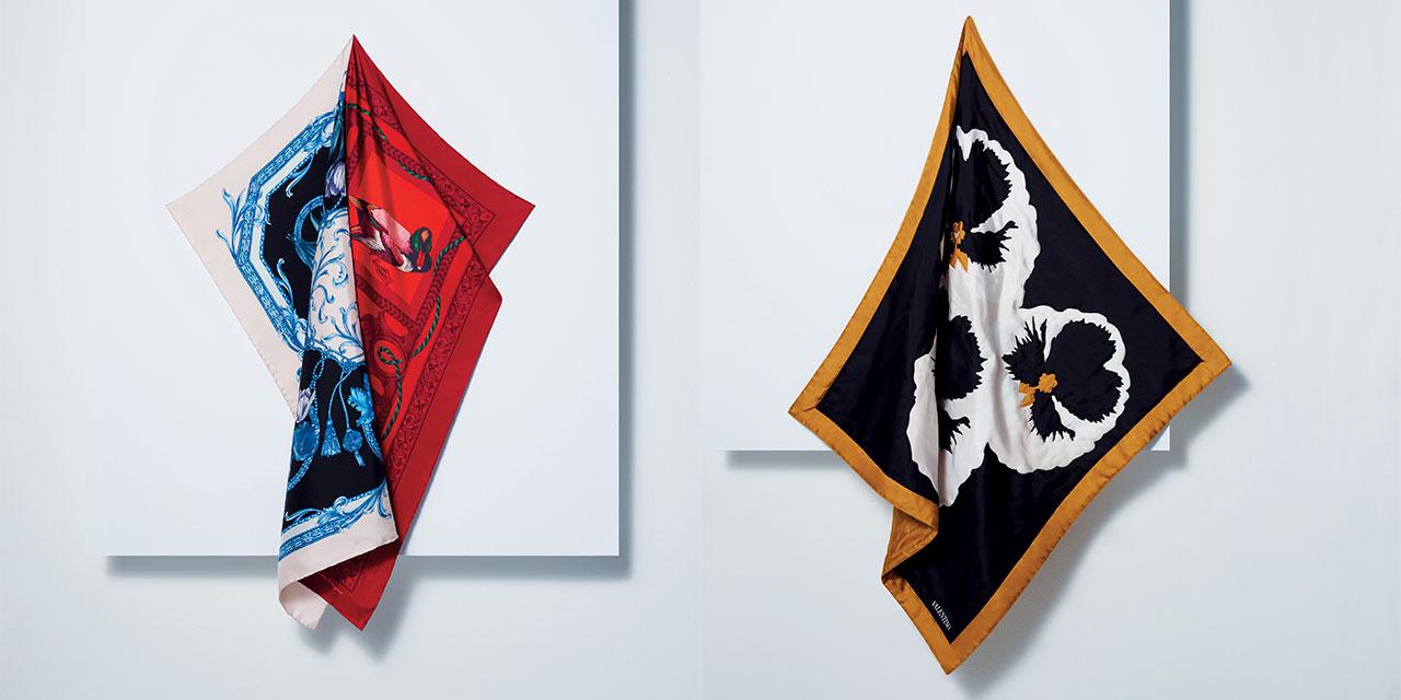 무채색 일색의 가을과 겨울 스타일에 생동감을 더하고 싶다면? 다채로운 프린트의 실크 스카프를 주목하라.