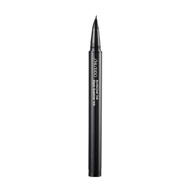 Shiseido 아치라이너 잉크, 01 시부이 블랙 3만6천원.
