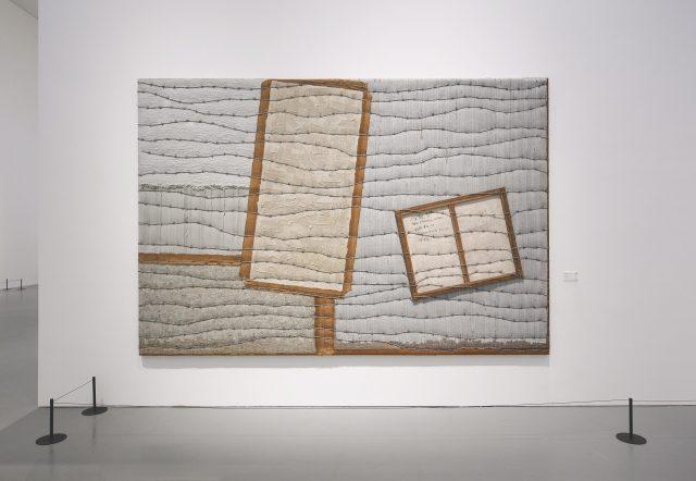 하종현, 'Conjunction 08-101', 2008, Oil and collage on hemp cloth, 244×366cm.