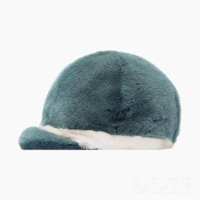 모자는 69만5천원 Lätt by T