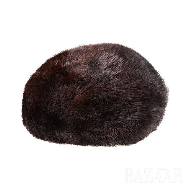 이즈마일로보 마켓에서 구입한 퍼 모자
