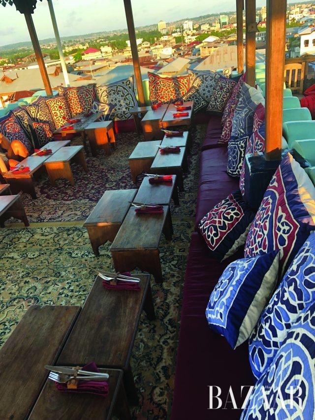 잔지바르에 위치한 애머슨 스파이스 호텔의 옥상 레스토랑.