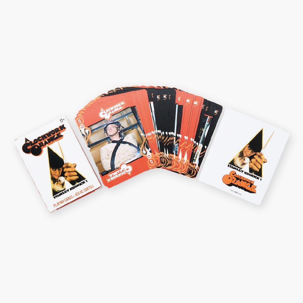 트럼프 카드는  A Clockwork Orange