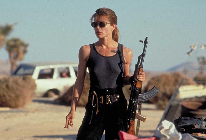 블랙 위도우의 모티프가 된 캐릭터는 의 린다 해밀턴 (Linda Hamilton)
