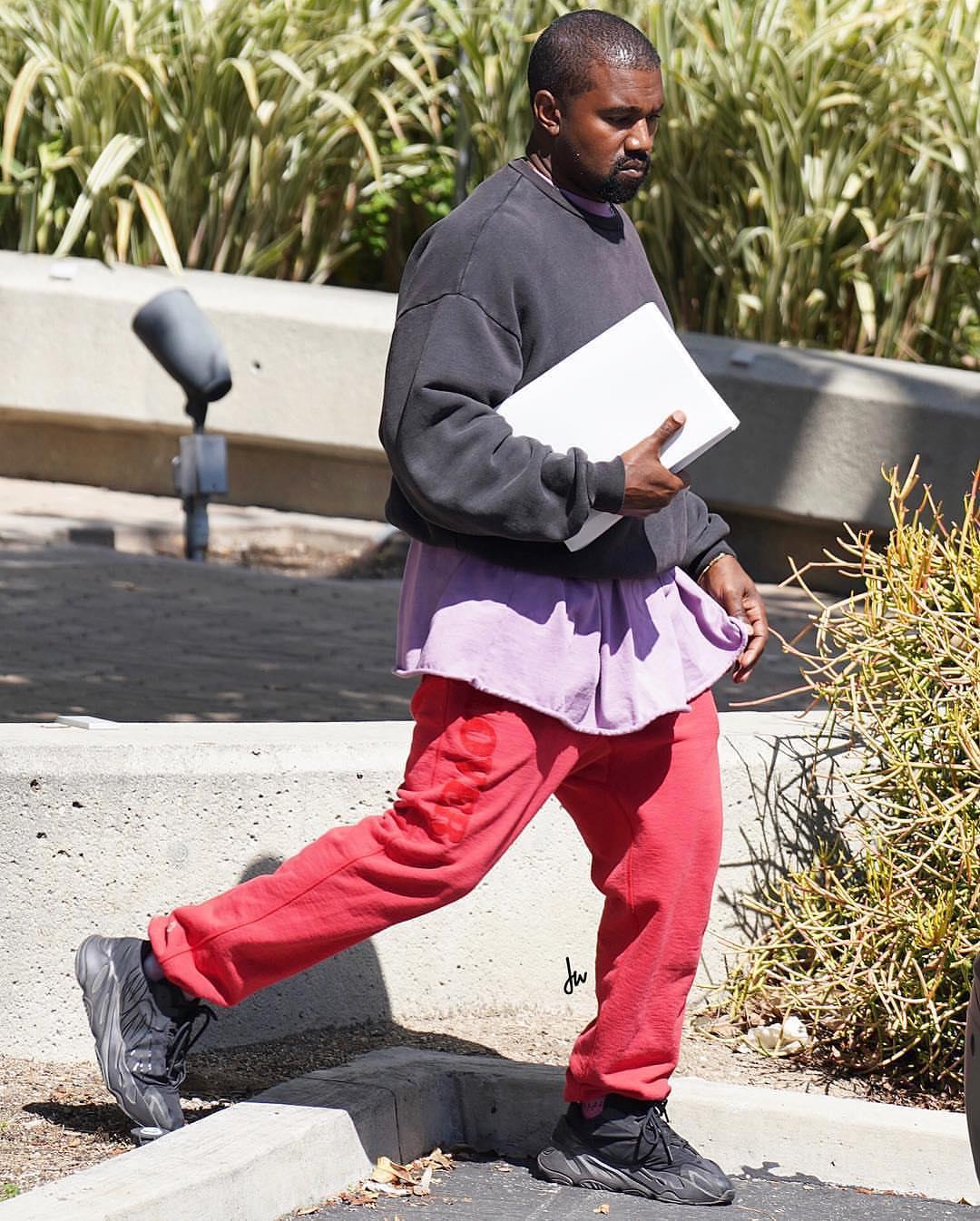 칸예 웨스트 (Kanye West)