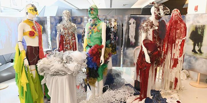 2050년에는 이해할 수 있을까? 세계 3대 패션스쿨 학생들의 기상천외한 패션들.