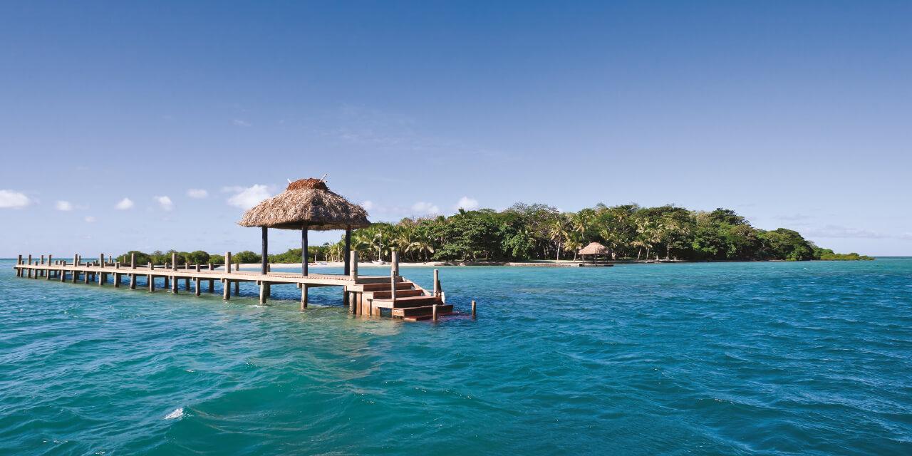 피지의 비티 레부 북쪽 해안에 있는 자연 그대로의 섬에서 때론 고독이 행복이 된다는 걸 깨달았다.